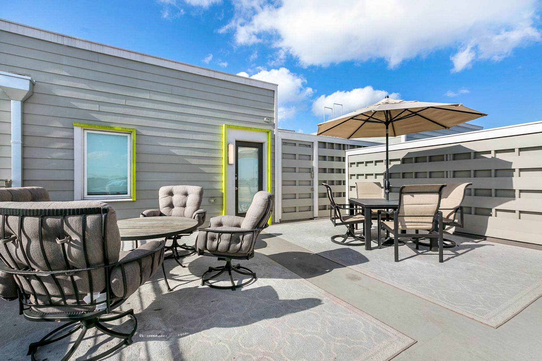 Uptown, Condo, 2 beds, 2.5 baths, $4000 per month New Orleans Rental - devie image_14