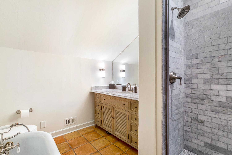 Irish Channel, House, 4 beds, 3.0 baths, $8000 per month New Orleans Rental - devie image_27