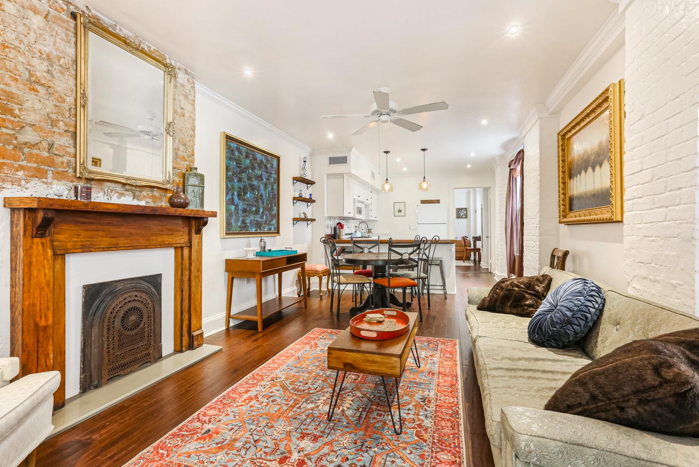 Lower Garden District, Condo, 2 beds, 1.0 baths, $2500 per month New Orleans Rental - devie image_0