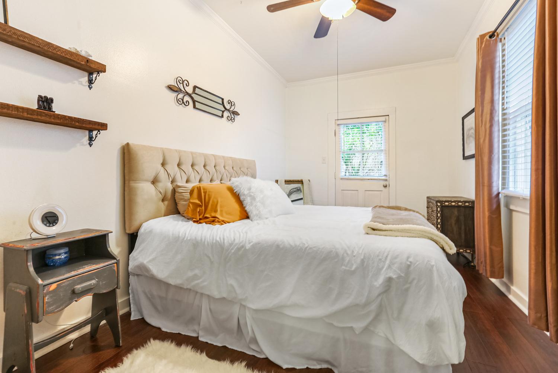 Lower Garden District, Condo, 2 beds, 1.0 baths, $2500 per month New Orleans Rental - devie image_10