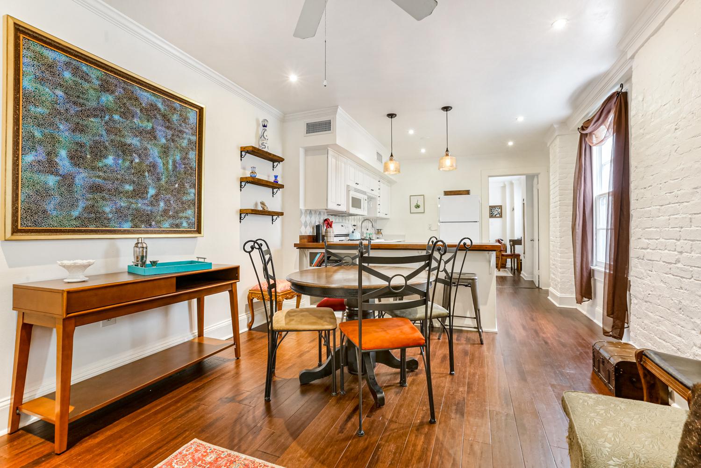 Lower Garden District, Condo, 2 beds, 1.0 baths, $2500 per month New Orleans Rental - devie image_4