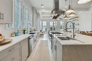 Irish Channel, House, 3 beds, 3.5 baths, $12000 per month New Orleans Rental - devie image_3