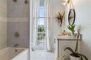 Irish Channel, House, 3 beds, 3.5 baths, $12000 per month New Orleans Rental - devie image_28