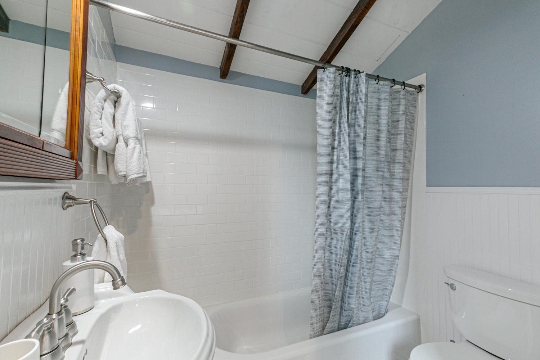Irish Channel, Apartment, 2 beds, 2.5 baths, $3500 per month New Orleans Rental - devie image_9