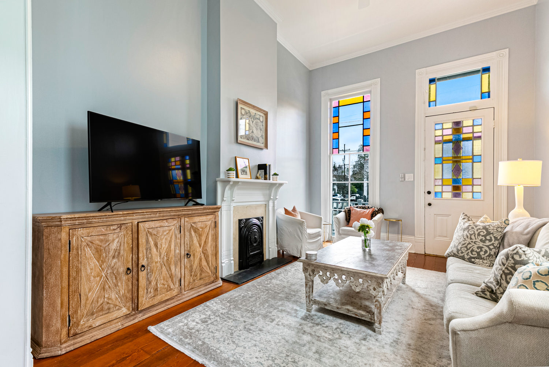 Irish Channel, Apartment, 2 beds, 2.5 baths, $3500 per month New Orleans Rental - devie image_2