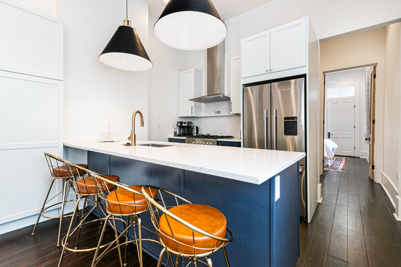 Irish Channel, Apartment, 2 beds, 2.5 baths, $3500 per month New Orleans Rental - devie image_1