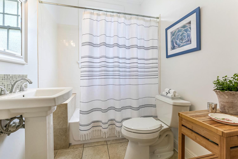 Garden District, House, 3 beds, 2.0 baths, $5000 per month New Orleans Rental - devie image_13