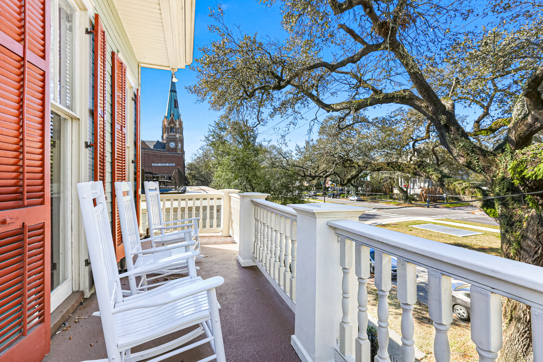 Uptown, Apartment, 2 beds, 2.0 baths, $3000 per month New Orleans Rental - devie image_0