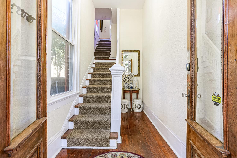 Uptown, Apartment, 2 beds, 2.0 baths, $3000 per month New Orleans Rental - devie image_2