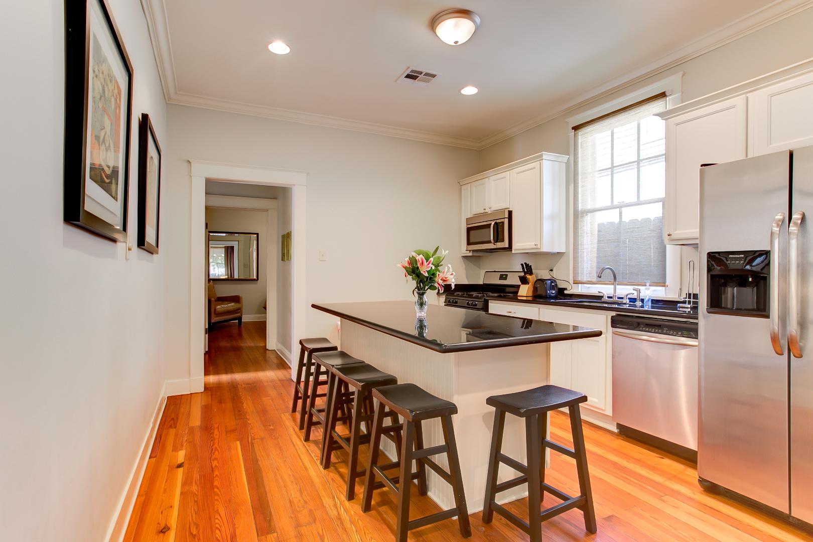 Garden District, House, 3 beds, 2.0 baths, $4000 per month New Orleans Rental - devie image_5