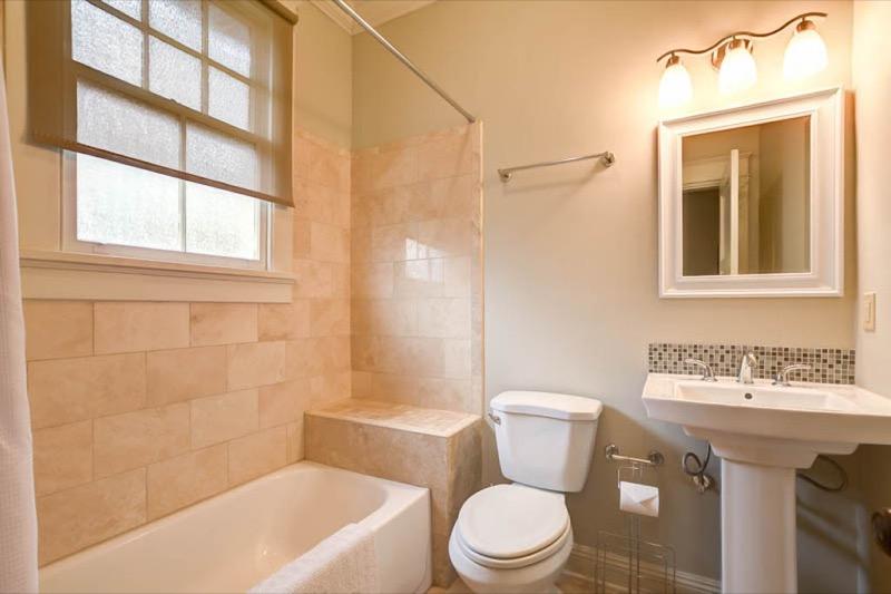Garden District, House, 3 beds, 2.0 baths, $4000 per month New Orleans Rental - devie image_9