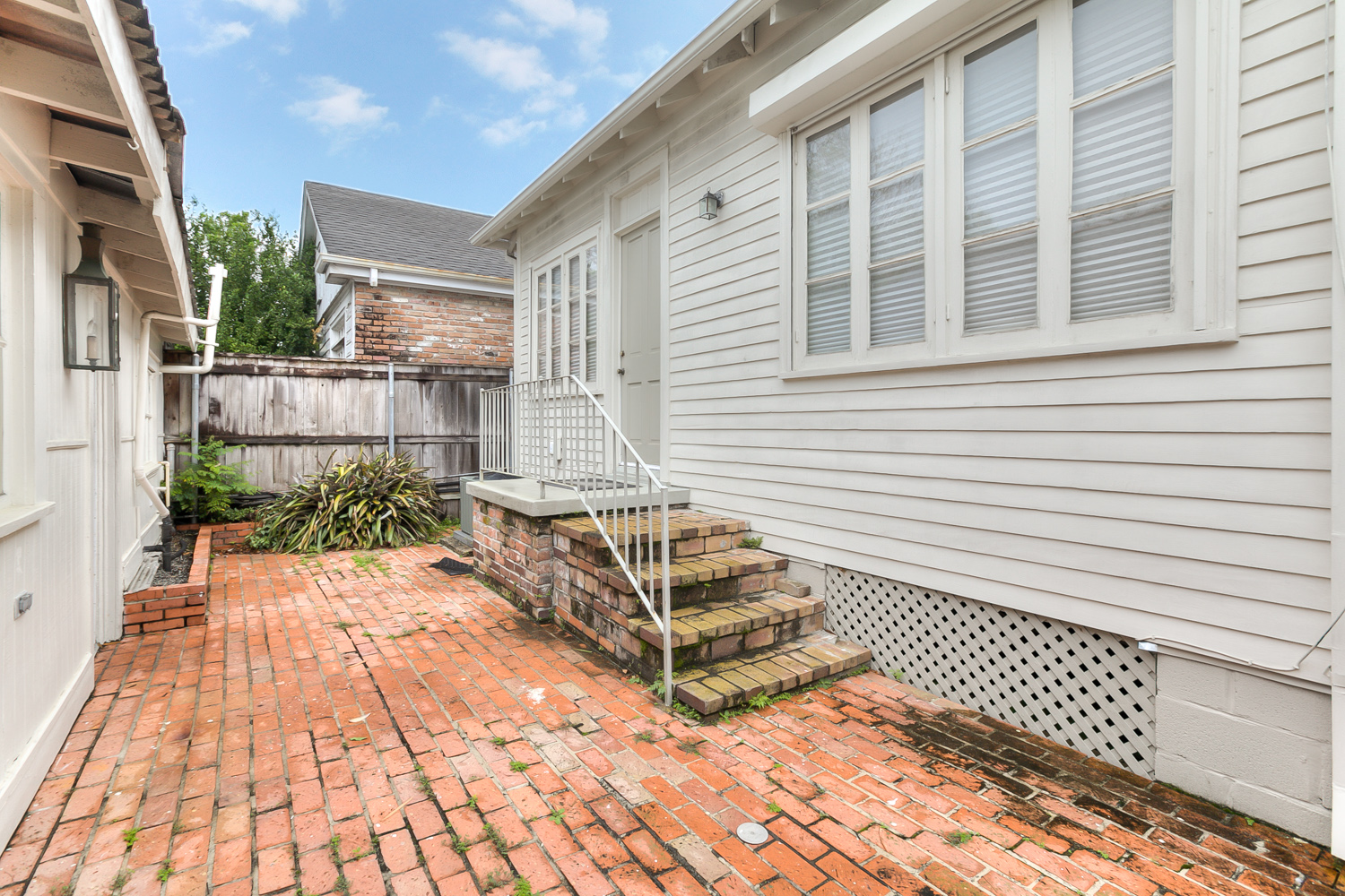 Uptown, House, 2 beds, 1.5 baths, $3300 per month New Orleans Rental - devie image_12