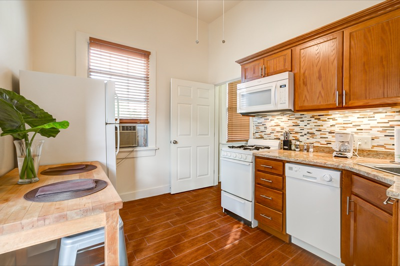 Lower Garden District, Apartment, 1 beds, 1.0 baths, $1800 per month New Orleans Rental - devie image_7